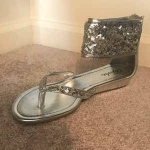 Silver wedding style sandals NWOT